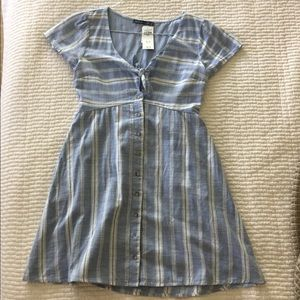 nwt abercrombie and fitch striped tie front dress